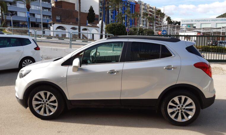 Venta Opel Mokka X coche de ocasión en Calpe lateral izquierdo