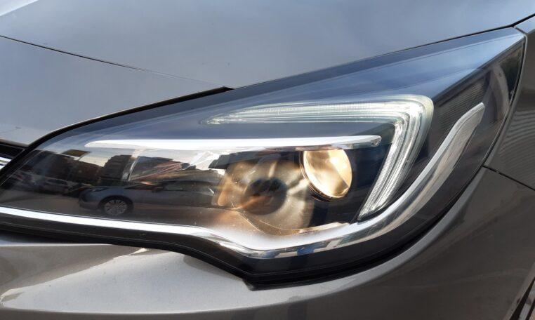 Luces diurnas - coche de ocasión en Calpe Opel Astra Automático