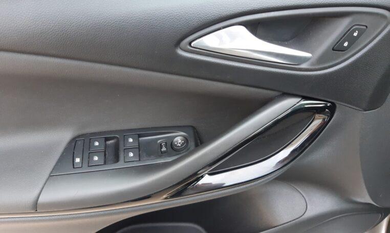 Elevalunas eléctricos - coche de ocasión en Calpe Opel Astra Automático