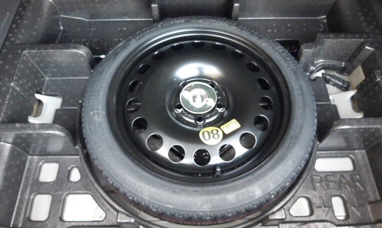 rueda repuesto - coche de ocasión en Calpe Opel Astra Automático
